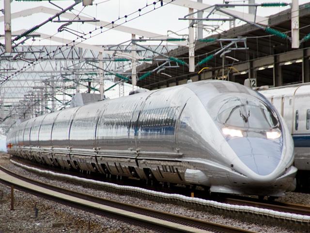 新幹線500系のぞみの写真(フリー素材)