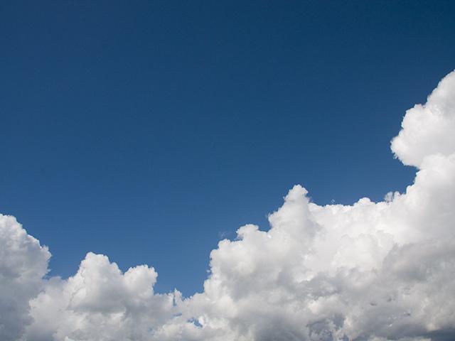 青空の写真(フリー素材)
