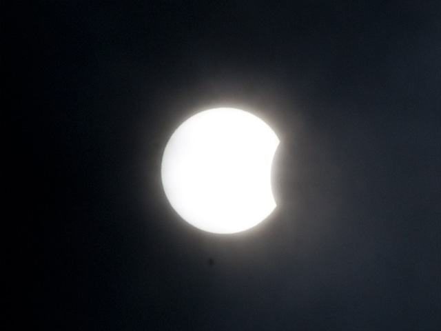 日食(にっしょく)の写真(フリー素材)