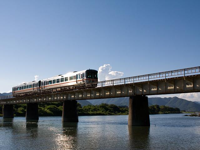 姫新線(きしんせん)の写真(フリー素材)