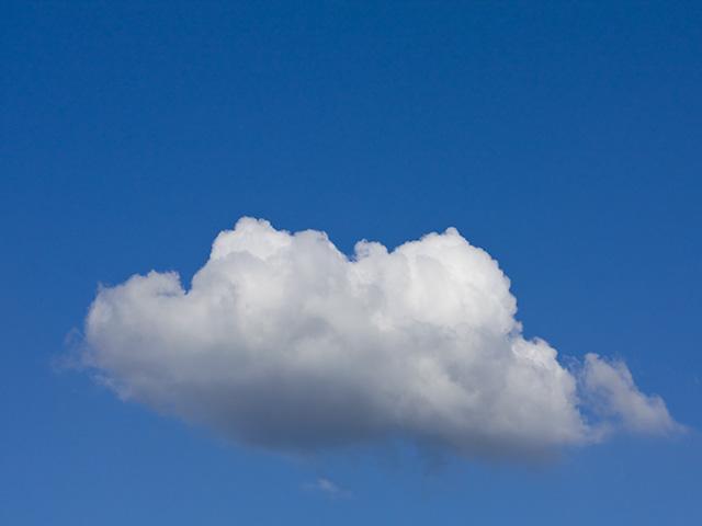 雲(くも)の写真(フリー素材)