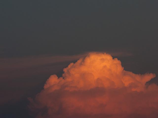 夕焼けの雲の写真(フリー素材)