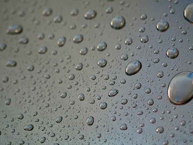 水滴、雫(しずく)の写真(フリー素材)